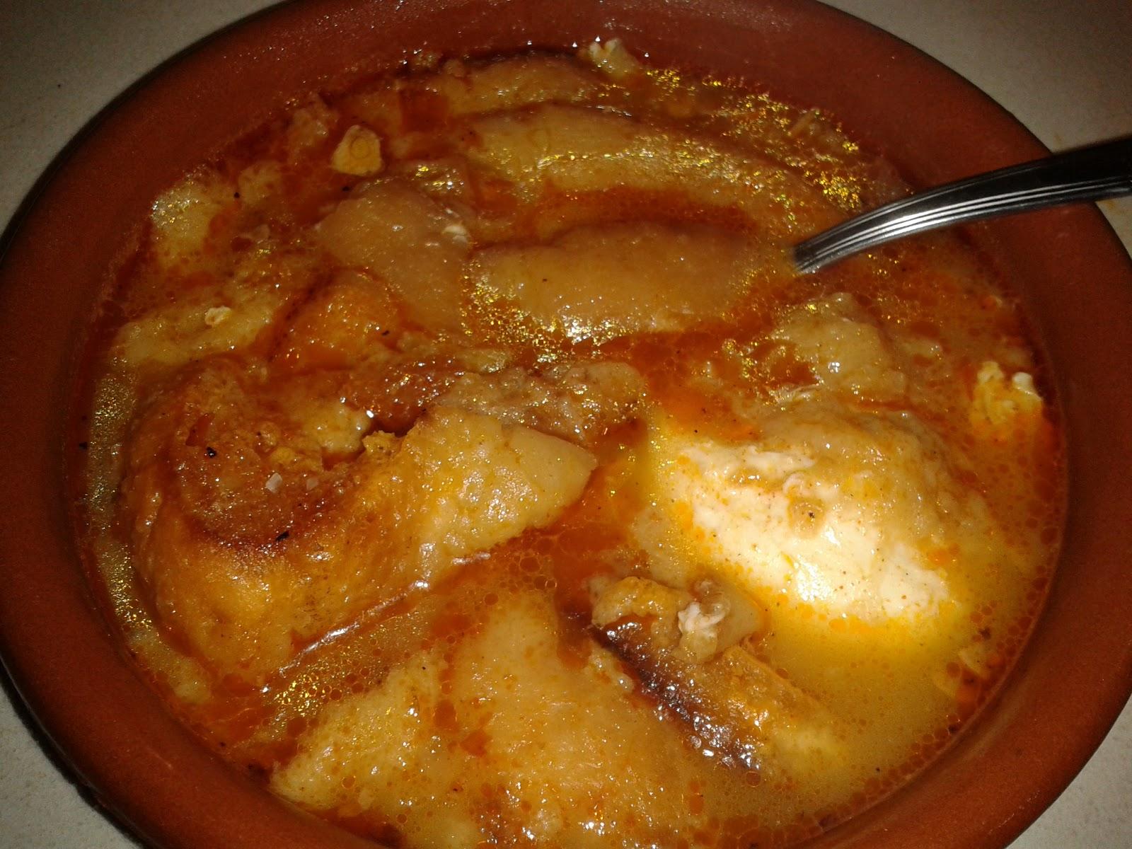 Sopa de Ajo y Pan.