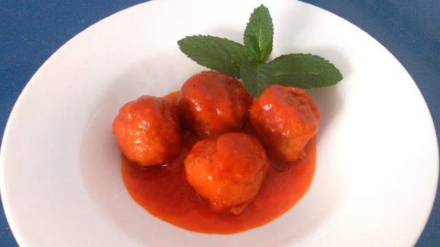 como hacer albondigas con tomate