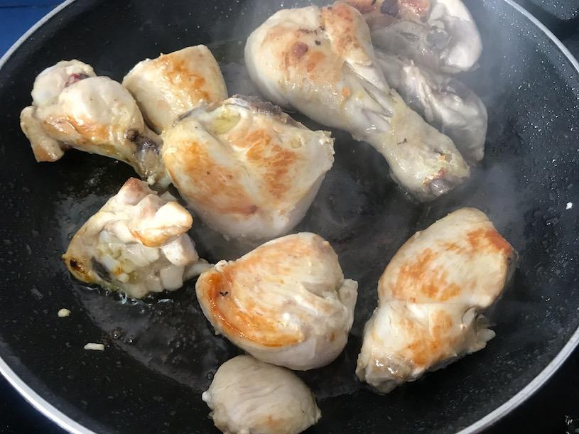 Arroz caldoso con Pollo frito