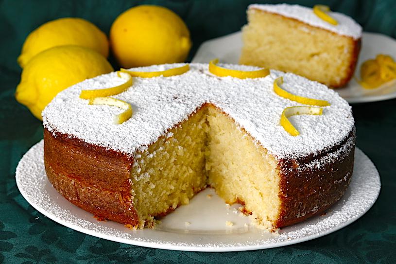 bizcocho de yogur de limon abierto