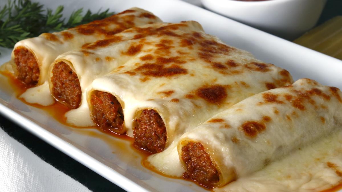 Canelones de Carne y Bechamel. Recetas Casera