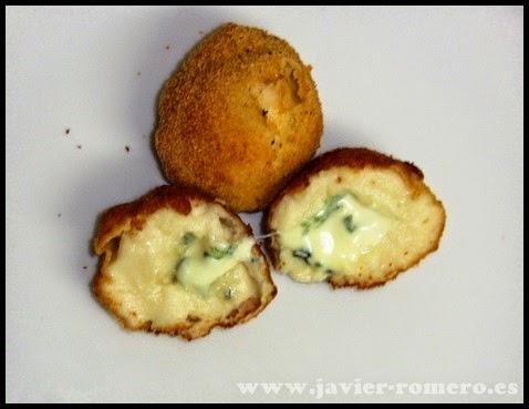 croquetas de queso azul