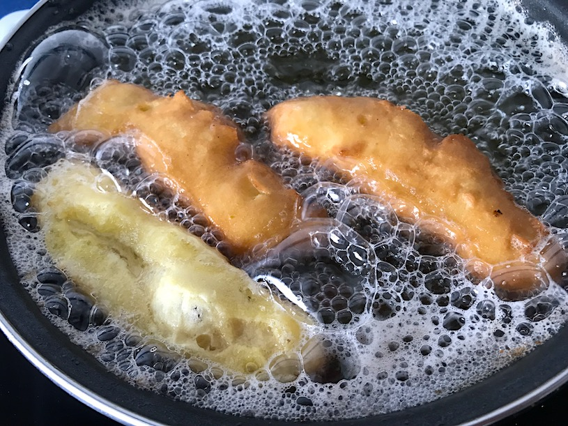 Huesos de san expedito fritura