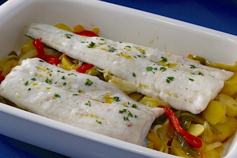 Merluza Al Horno Con Patatas Cocina A Buenas Horas
