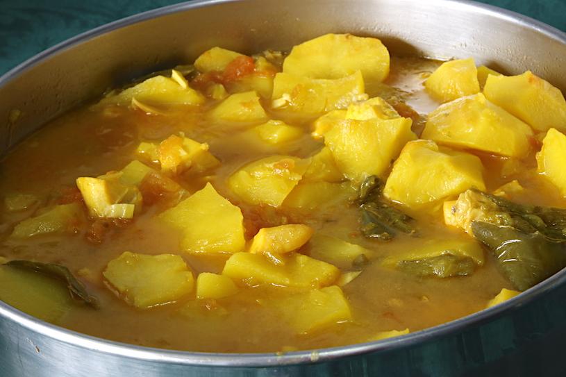 patatas con chocos cacerola