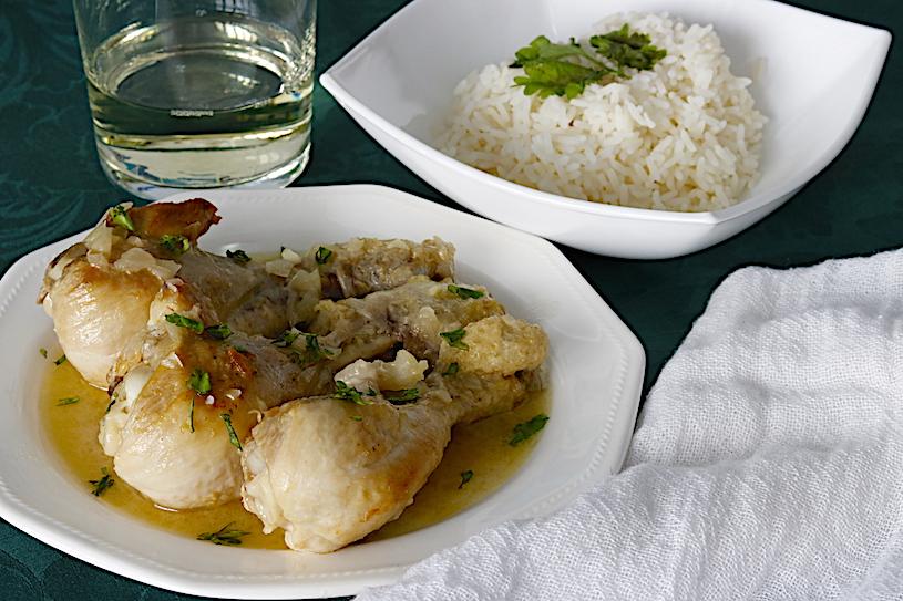 pollo en salsa plato