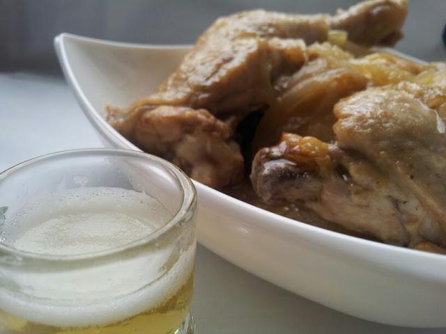Pollo en Olla de Cerveza.
