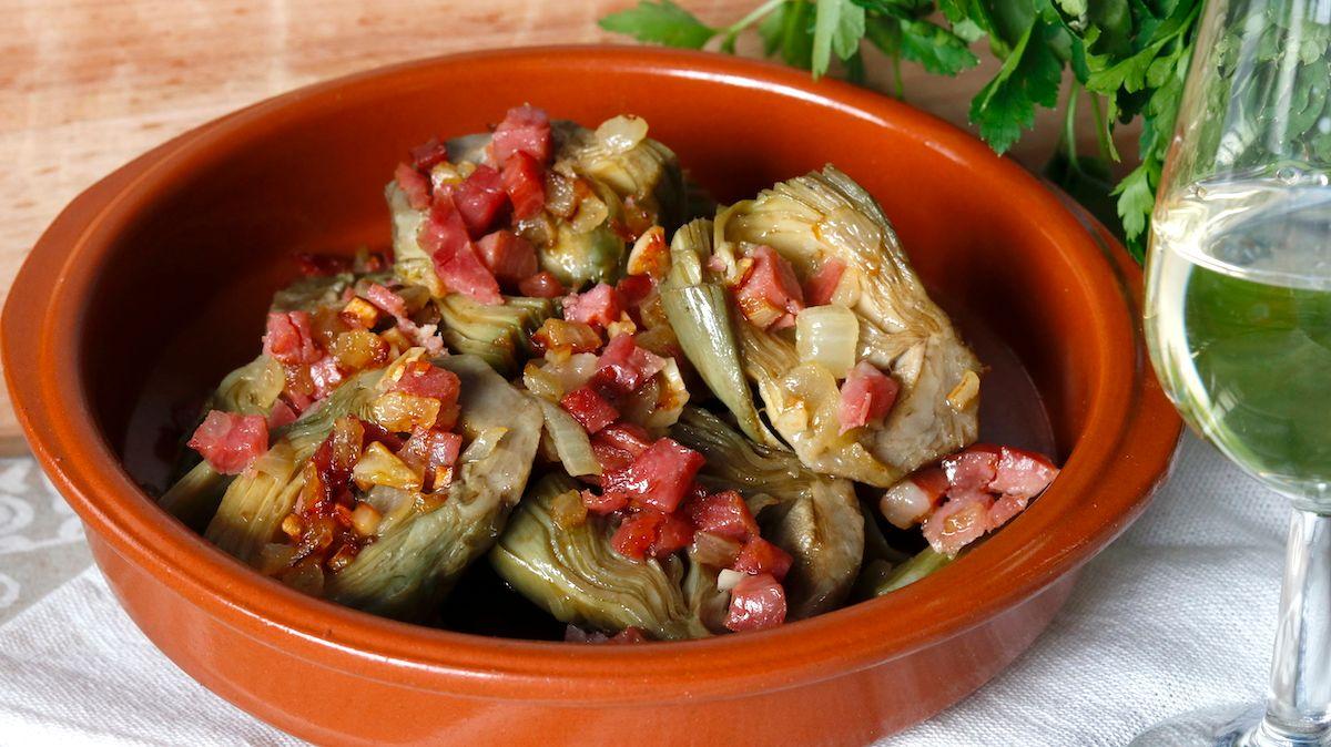 receta de alcachofas con jamon y cebolla